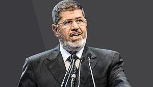 Mısır'da Mursi ve bin 589 kişinin mal varlığına el konuldu