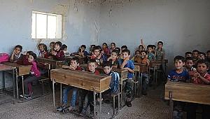 İdlibli çocukların eğitim mücadelesi sürüyor