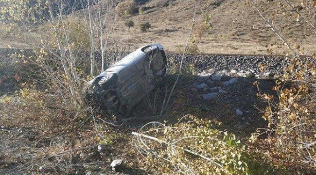Erzincan'da otomobil şarampole düştü: 1 ölü