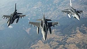 Irak'ta iki terör üssünü hava harekatı ile vurdu.