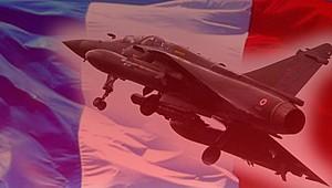 Fransa'da savaş uçağından haber alınamıyor!