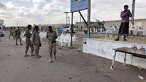 Yemen'de askeri geçit törenine saldırı: Çok sayıda ölü var