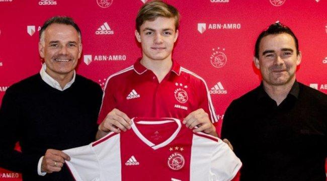 Ajax'a 16 yaşındaki kanat oyuncusunu transfer etti
