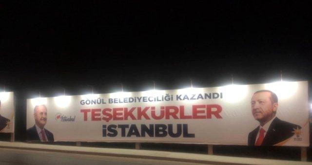 'Teşekkürler İstanbul' Pankartları Kaldırıldı