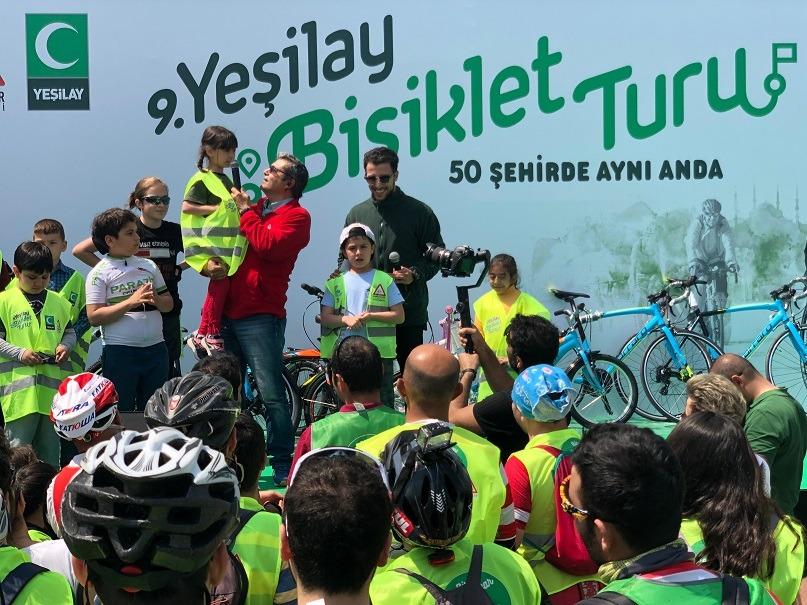 Tüm Türkiye'de 30 Bin Bisikletsever Yeşilay İçin Pedal Çevirdi