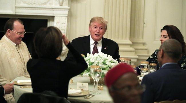 ABD Başkanı Donald Trump Beyaz Saray'da iftar verdi