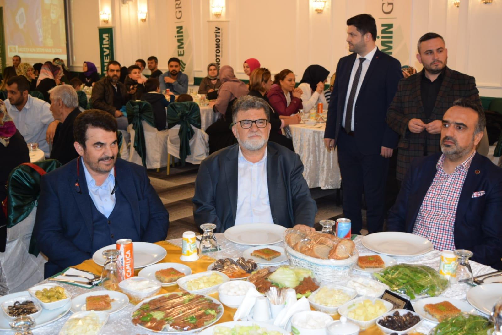 Eminevim'den Geleneksel İftar Yemeği Programı İstanbul'da başladı.