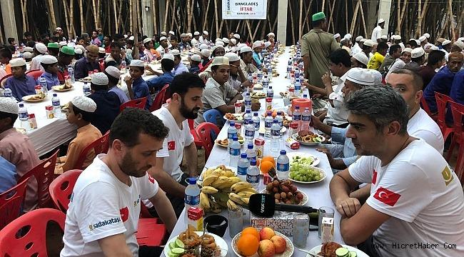 Sadakataşı'ndan 25 bin Arakanlı'ya Ramazan yardımı
