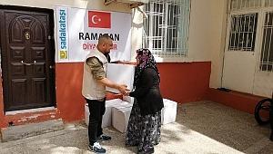 Sadakataşı Ramazan dağıtımlarına başladı