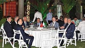 (SİAD) Sinoplu İş Adamları Derneği İftar yemeğine yoğun katılımla gerçekleşti.
