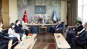Türk Kızılay Küçükçekmece Şubesi Küçükçekmece Belediye Başkanı ziyaret etti