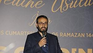 Yedi Hilal Derneği'nden 'Medine usulü iftar' Şehzadebaşı'nda gerçekleşti.
