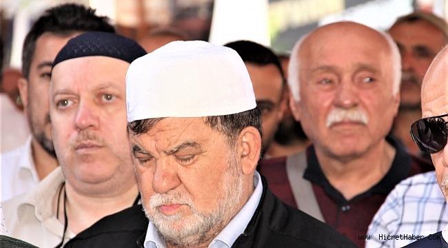 Faizsiz sistemin mucidi Emin Üstün'ün annesi Mesrure Üstün hayatını kaybetti.