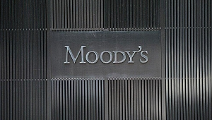 Moody's: İngiltere'de anlaşmasız ayrılık riski arttı