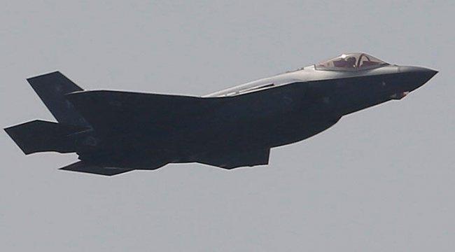 Venezuela, ABD'ye ait uçağın hava sahasını ihlal ettiğini öne sürdü