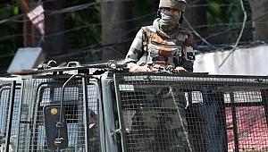 Cammu Keşmir'de çatışma çıktı: 2 ölü