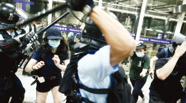 Hong Kong'a Çin'den müdahale hazırlığı mı