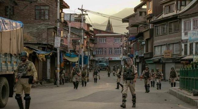 Pakistan Cumhurbaşkanı: Hindistan Keşmir'de ateşle oynuyor