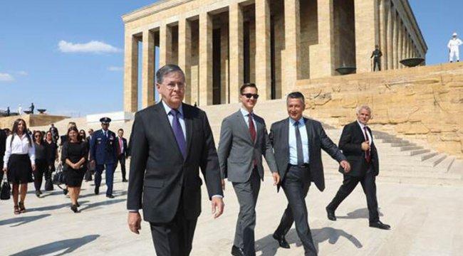 ABD'nin yeni büyükelçisi Satterfield, Anıtkabir'de