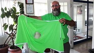 Herbalist Yunus Ersin hastaların hayatlarını kolaylaştıracak ''Ortopedik Pratik Tişört'' çalışmasına imza attı