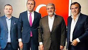İstanbul SİNOP SPOR Küçükçekmece Kaymakamı Turan Bedirhanoğlu'nu makamında ziyaret etti