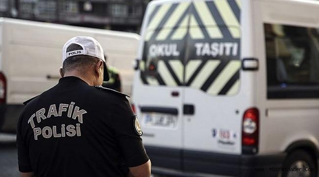 Okul Servisleri ve Okul Çevresinde Yapılan Denetimlerinde Aranan 946 Şahıs Yakalandı