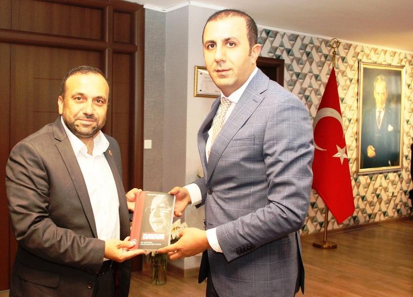 Saadet Partisi'nden, Küçükçekmece Kaymakamı Turan Bedirhanoğlu 'na Hayırlı Olsun Ziyareti
