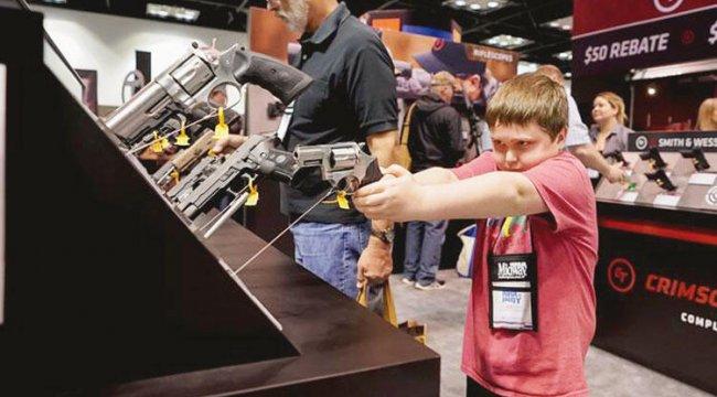 Silah lobisine ağır darbe