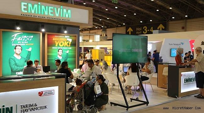 Eminevim, İzmir Enternasyonal Fuarı'nda faizsiz finansman sistemini tanıttı.