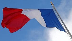 Fransa, Suriye'deki askeri ve sivil personelini korumak için önlem alacak
