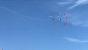 Savaş uçağının motoru alev aldı, pilotlar böyle kurtuldu
