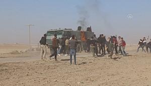 YPG/PKK yandaşları Rus askeri aracına molotofkokteyli ile saldırdı