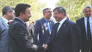 Ahmet Davutoğlu ve Ali Babacan partilerinin kuruluş çalışmalarında sona yaklaşıldı.