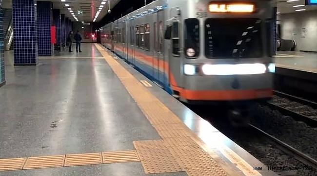 İstanbul'da metro seferleri 5 saat boyunca yapılamadı