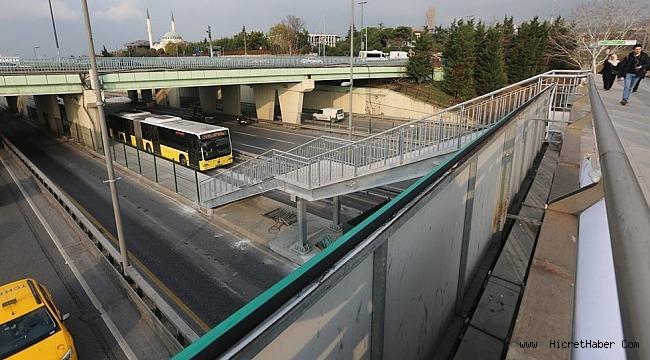 Altunizade metrobüs istasyonu genişletildi!