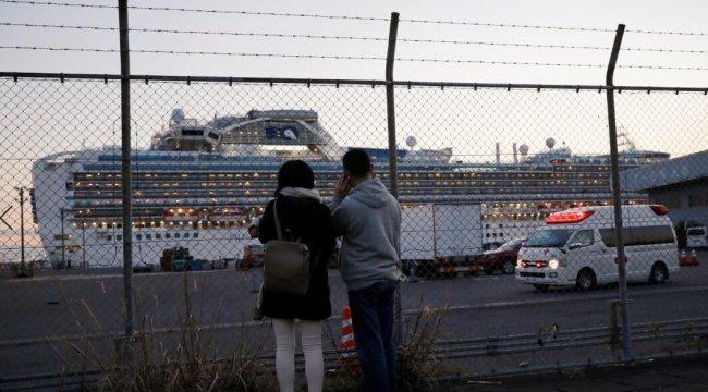 Karantinadaki gemiden ilk grup tahliye edildi