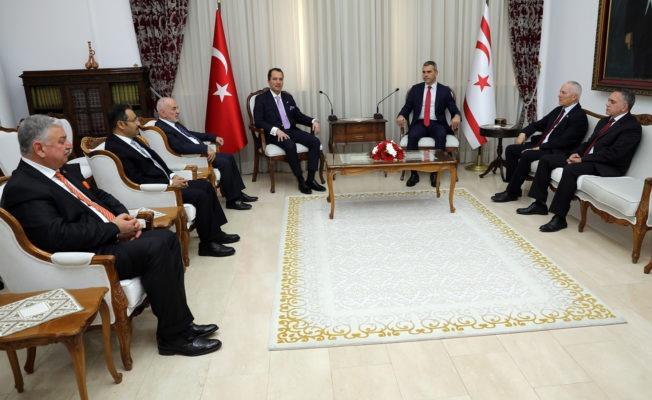 Meclisi Başkanı Uluçay, Yeniden Refah Partisi Genel Başkanı Erbakan'ı kabul etti