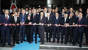 Ömer Çelik' DoubleTree by Hilton Adana'nın Resmi Açılışı yaptı