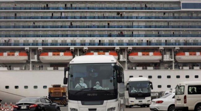Rusya, Japonya'daki gemiden 8 vatandaşını tahliye etti