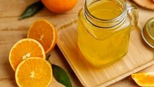 Corona Virüsünden Korunmak İçin Aşırı Tüketilen C Vitamini İdrar Kaçırmaya Yol Açabilir