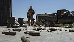 Darbeci Hafter milislerinden roketli saldırı!