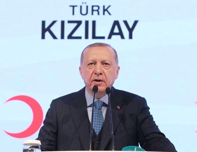Cumhurbaşkanı Erdoğan'dan Kızılaycılara özel tebrik