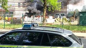 Almanya'da inşaat halindeki camide yangın çıktı