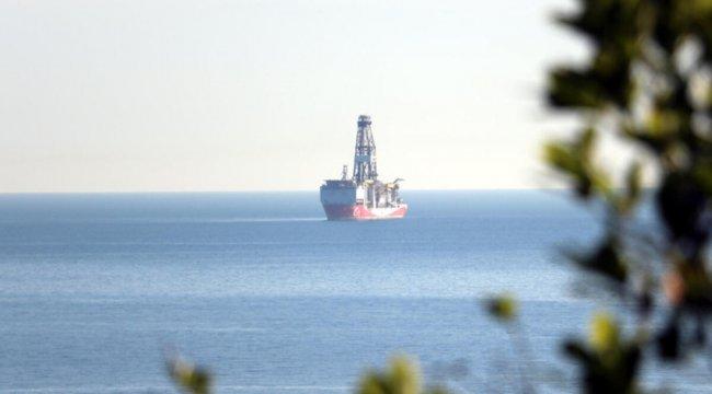 Türkiye'nin ilk yerli sondaj gemisi Fatih Zonguldak açıklarında