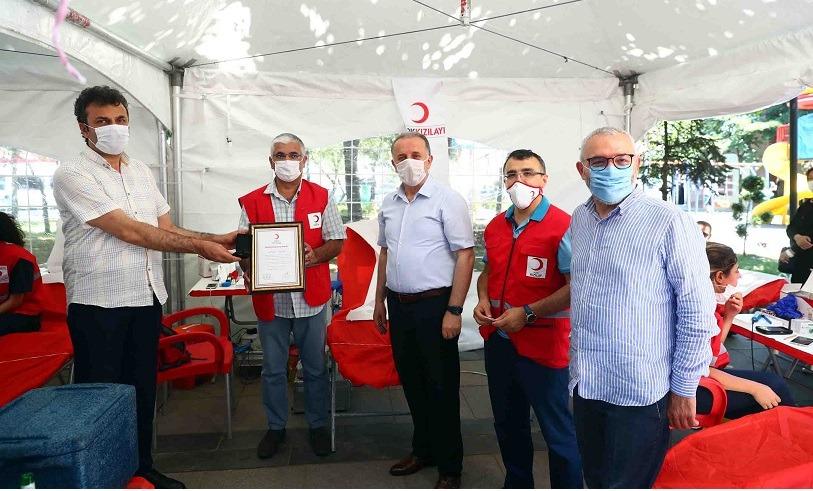 """Bağcılarlılar, """"Kan ver can ver"""" kampanyasında buluştu"""