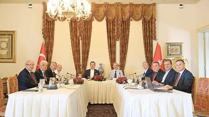 CHP'li İBB'de 11 CHP'li Belediye başkanı 320 BİN LİRALIK 'YEMİŞLER'