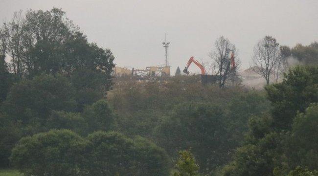 Fabrikadaki patlamada kaybolan 3 kişi aranıyor... Sabahın ilk ışıklarıyla çalışmalar hızlandı