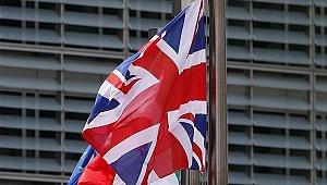 İngiltere Hong Konglulara İngiliz vatandaşlığı yolunu açtı