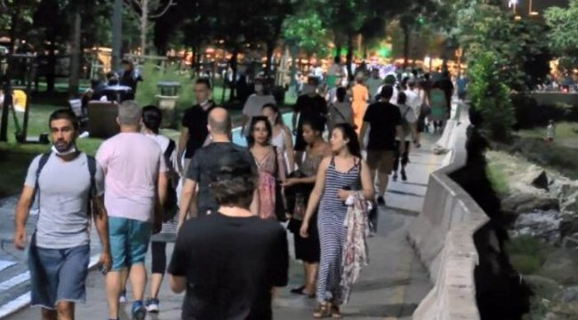 İstanbul'da maskesiz ve sosyal mesafesiz hafta sonu yoğunluğu
