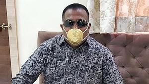 İzlediği videodan sonra aklına geldi! 4 bin dolara altın maske yaptırdı